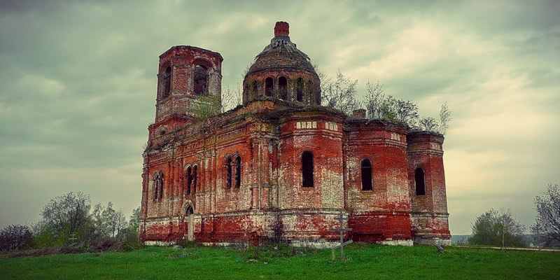 God-forsaken: Abandoned churches and cathedrals of Russia