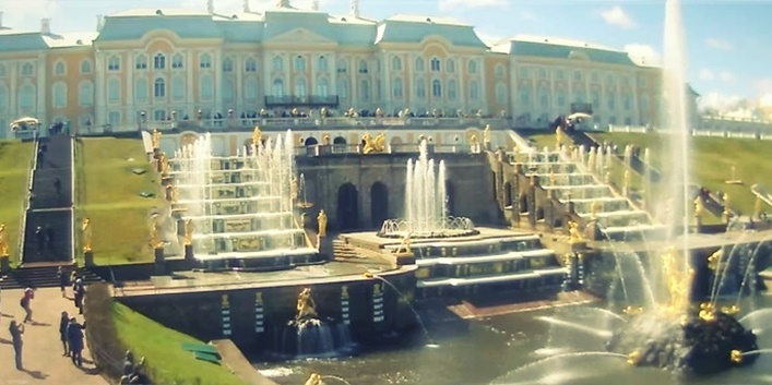 Webcam: Peterhof Palace Complex in Saint Petersburg