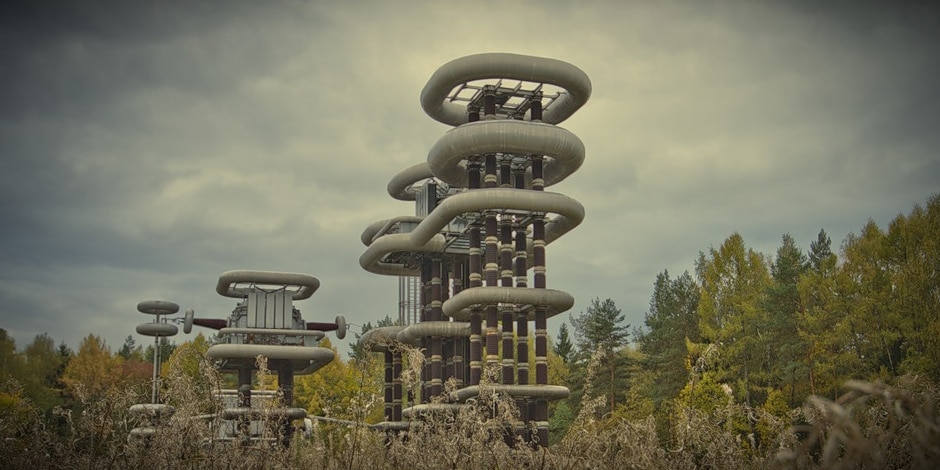 Soviet-era Tesla Tower: Mysterious object in Moscow suburbs