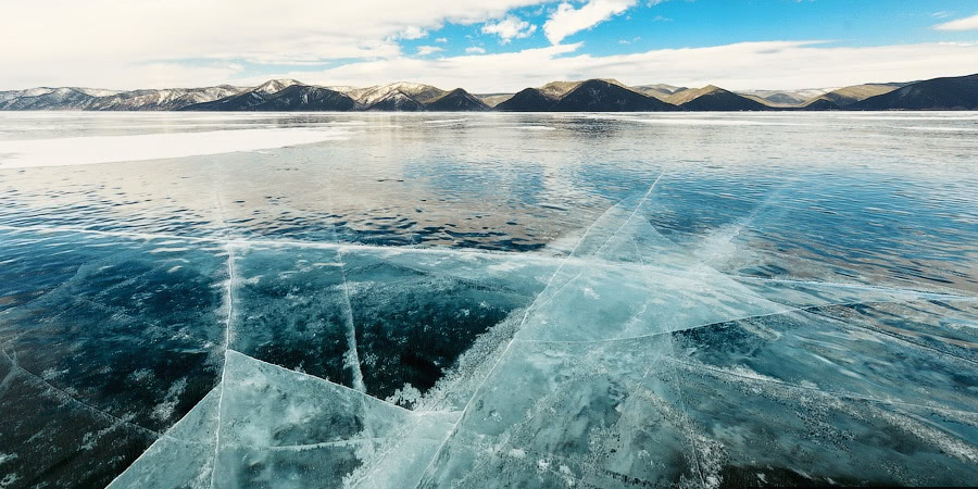 Winter and summer lake Baikal: Delightful photos from the sky