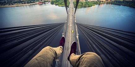 Extreme height: Crazy cityscapes by thrill-seeker Ivan Kuznetsov