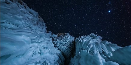 Incredible Time-Lapse video of the sky above the lake Baikal