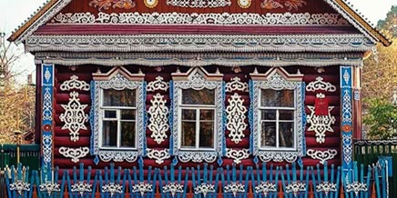 Photo of Traditional Russia: Fabulous hand-carved wooden window frames